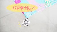 charm_flower-bandana.jpg